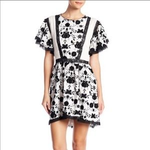 JOIE NWT Peasant Short Sleeve Dress Size 4